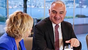 Bakan Ersoy: ''25 milyon turist, 20 milyar dolar geliri aşacağız''