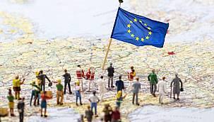 AB üyesi ülkeler seyahat kısıtlamalarını gevşetmek için düğmeye bastı