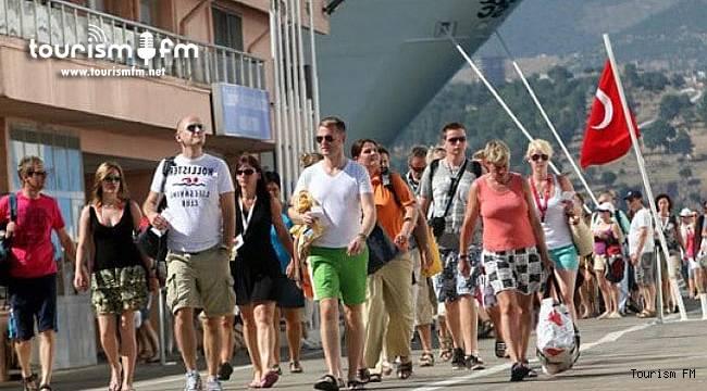 Flaş karar! Türkiye o ülkeden gelecek turistlerden PCR istemeyecek