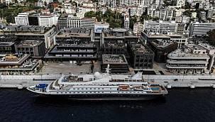Galataport İstanbul'a ilk gemi demirledi! İşte gelen yolcu sayısı