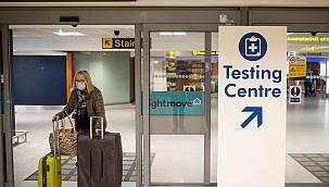 İngiltere'den yurt dışı tatilinden dönenler için PCR test kararı