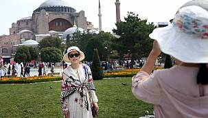 Zengin turist akını başlayan İstanbul'da geceliği 35 bin Euro olan oteller bile doldu
