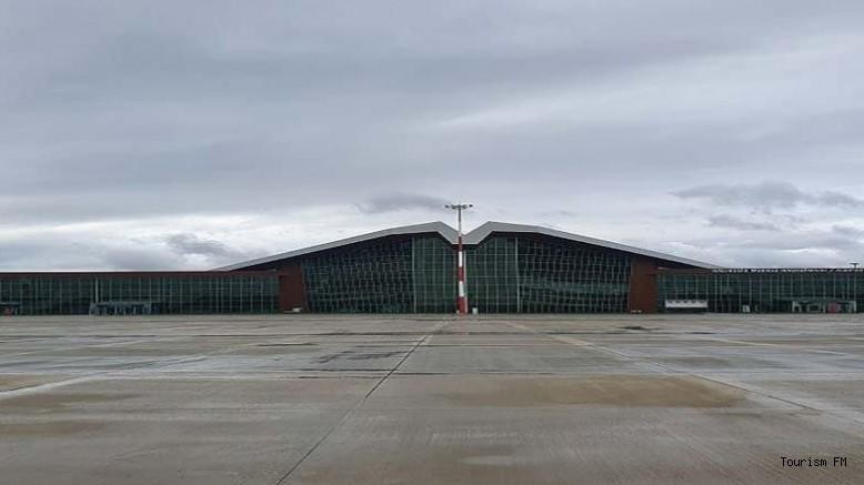 60 Milyon TL'ye mal olan havalimanı çürümeye terk edildi!