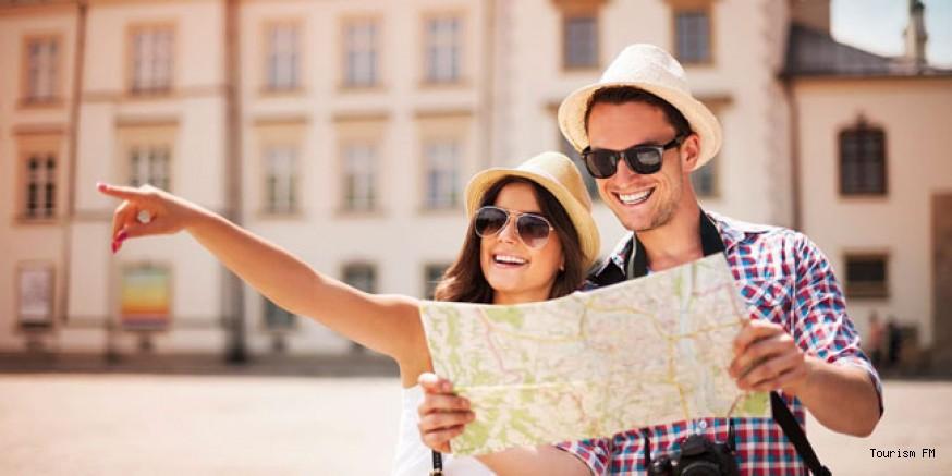 9 bin TL maaşla dünyayı gezip fotoğraf çekecek 2 kişi aranıyor