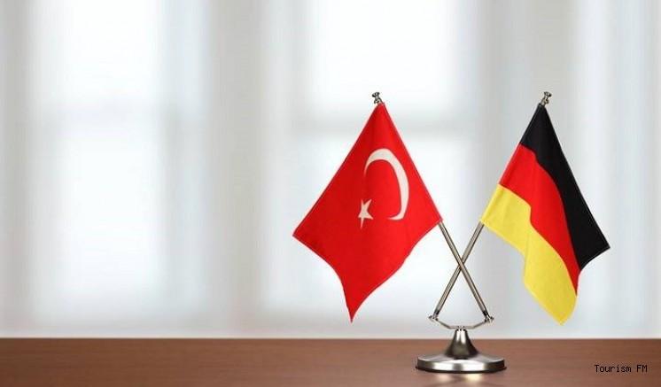 Alman turizmcilerden Türkiye'de tatil imkanı için 'güvenli koridor' talebi
