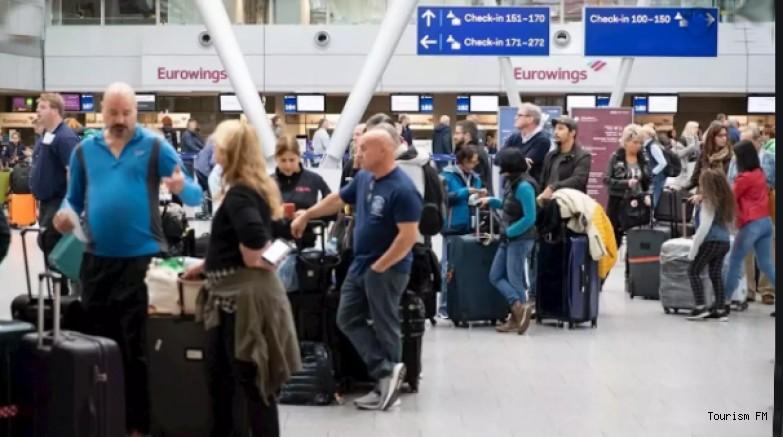 Bin 300 uçuş iptal edildi! 180 bin yolcu etkilenecek