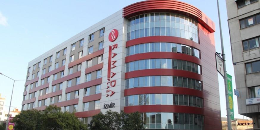 İzmir Konak'taki ünlü otele şok! 350 müşterisiyle tahliye ediliyor