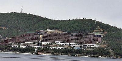 Titanic Hotel yine gündemde! Yakılması değil yazılması rahatsız etmiş