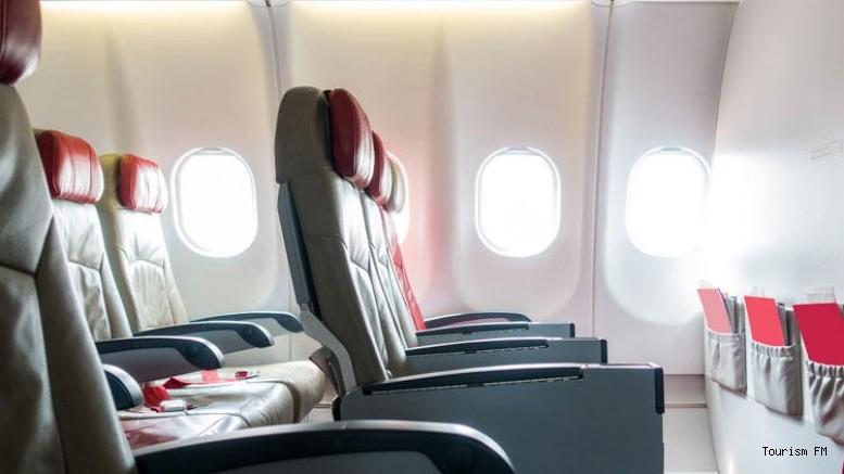 Uçakta bu koltuklara oturuyorsanız dikkat! Hasta olabilirsiniz