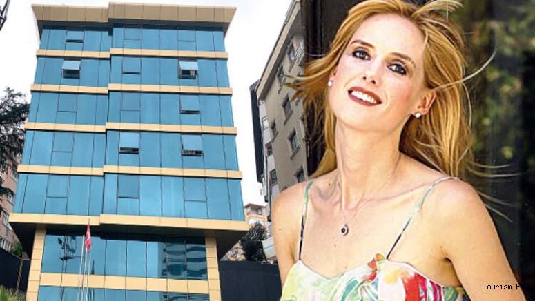 Ünlü oyuncu Wilma Elles İstanbul'daki otelini satıyor! İşte tek şartı