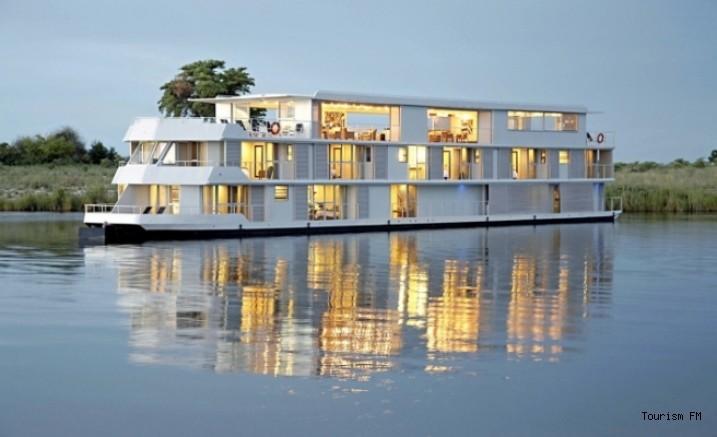 Van Gölü'ne 'Yüzen Otel' geliyor