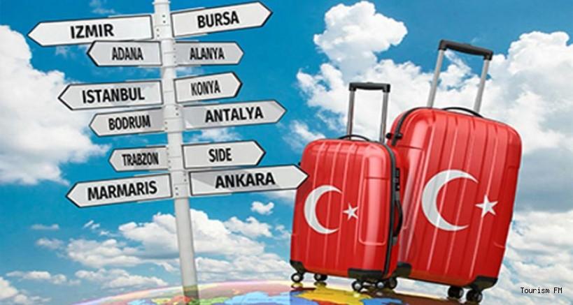 Yurt içinde seyahate çıkanlar akraba ve arkadaş evinde kalmaya devam ediyor